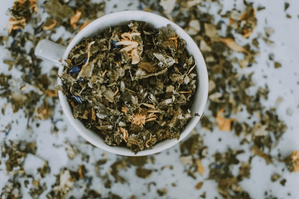 Hangi Bitki Çayı Neye İyi Gelir? Yağ Yaktıran, Zayıflatan Çaylar ve Faydaları