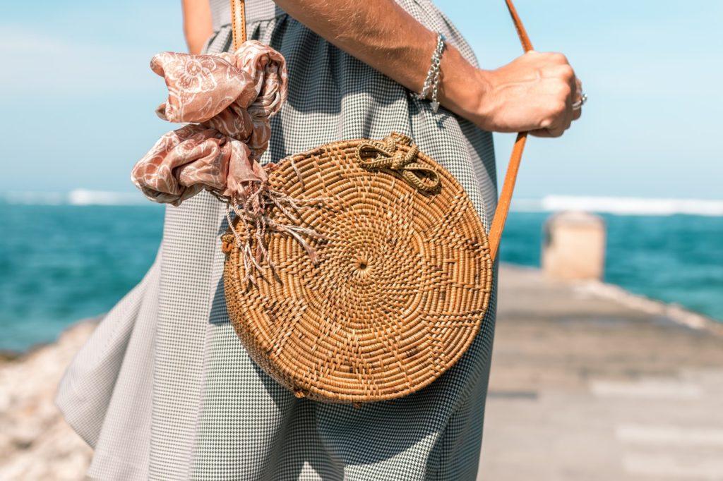2020 Trendi: Hasır Çantalar
