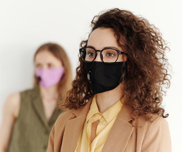 Maske Takarken Oluşabilecek Cilt Problemleri Nelerdir ve Nasıl Önlenir?
