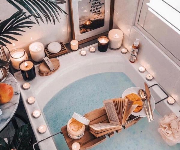 Evde Mum Dekorasyonu Banyo Önerileri