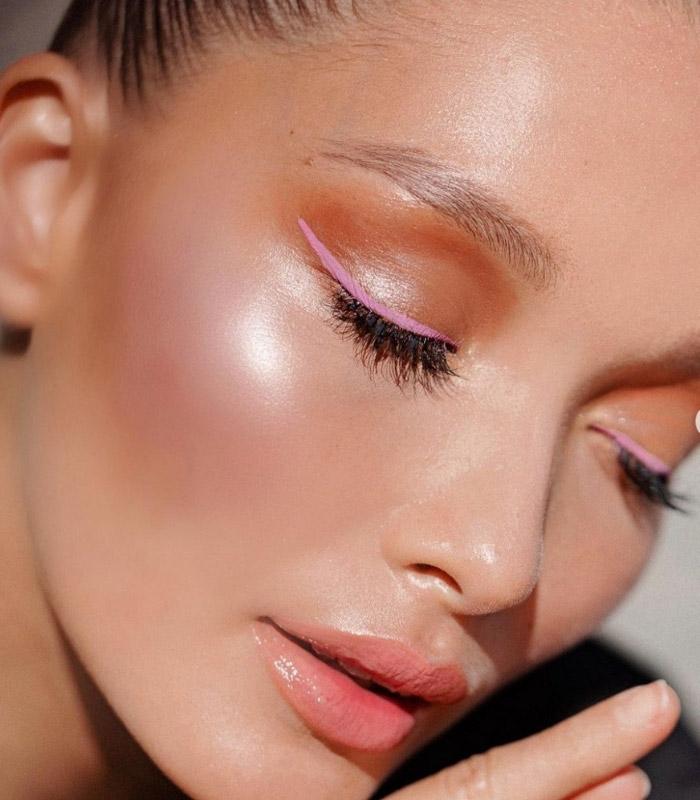 Sonbahar Kış Makyaj Trendi Renkli Eyeliner