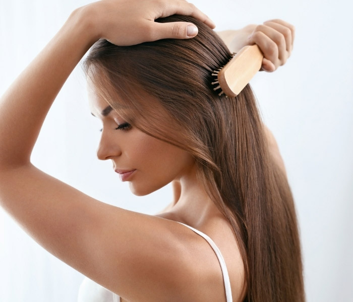 Stres Saç Döker Mi? Strese Bağlı Saç Dökülmesi Neden Olur? Stresten Dökülen Saçlar İçin Çözüm Önerileri