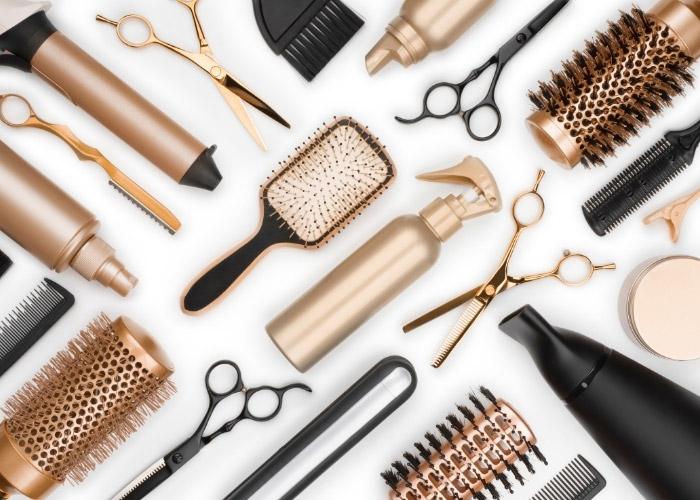 Saç Neden Yağlanır? Saç Yağlanması Nasıl Önlenir? Yağlı Saçlar İçin Evde Doğal Yöntemler