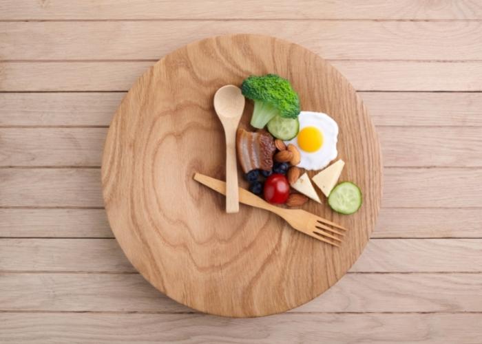 Aralıklı Oruç Diyeti: İntermittent Fasting Nedir?