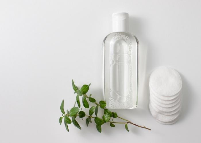 Makyaj Temizleme Suyu: Micellar Su Nedir?